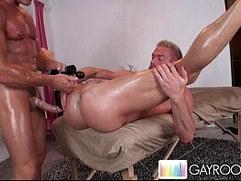Gluteus Massage Act