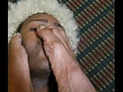 Nasty toes worship